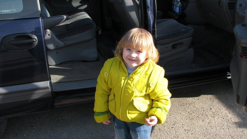 Полина, еще такая маленькая:)