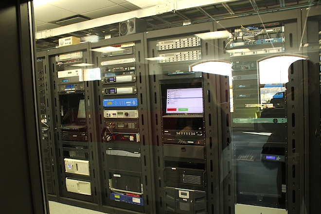 Современное радио представляют из себя скорее большой компьютерный сервер.