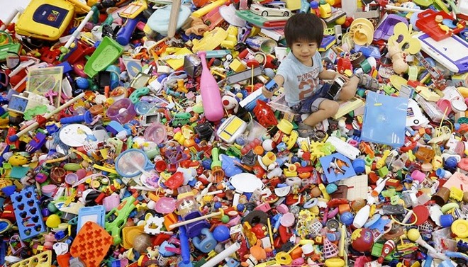 hiroshi-fuji-recycled-toys-009
