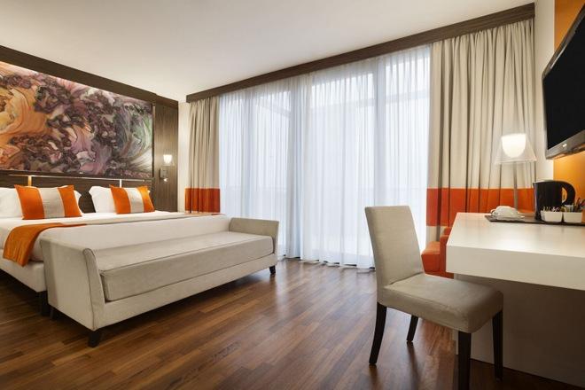 25735_guest_room_1