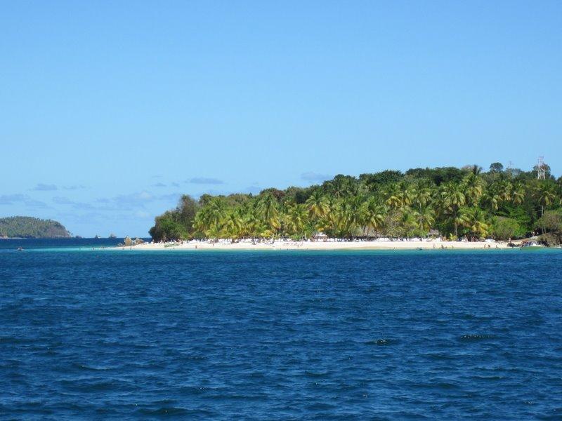 Остров с отелем