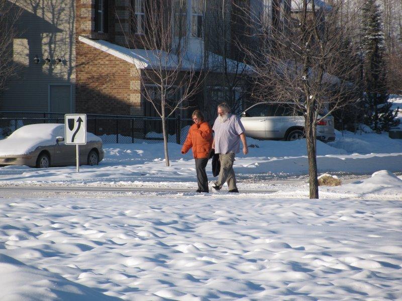 Так одеваются в Калгари в мороз:)