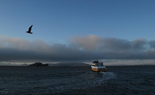 """""""Последний корабль на Алькатрас"""".Так всё выглядело на земле, на следующий день. Кажется, что вполне приличная погода.. Менялась, конечно, почти каждые пять минут."""