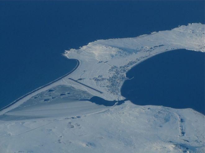 """Не поверите: это - Франция! Ну то есть, маленький её кусочек, заморская территория, чудным каким-то образом приютившаяся прямо у берегов Ньюфаундленда. """"Ça va, Collectivité territoriale de Saint-Pierre-et-Miquelon!"""" ален"""