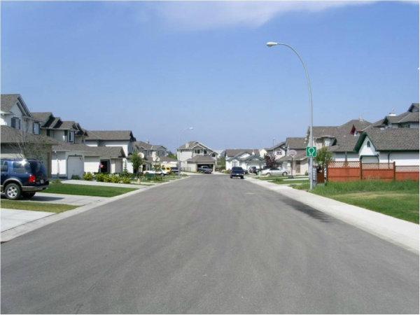 6-03152012_residentialstreetdesign1