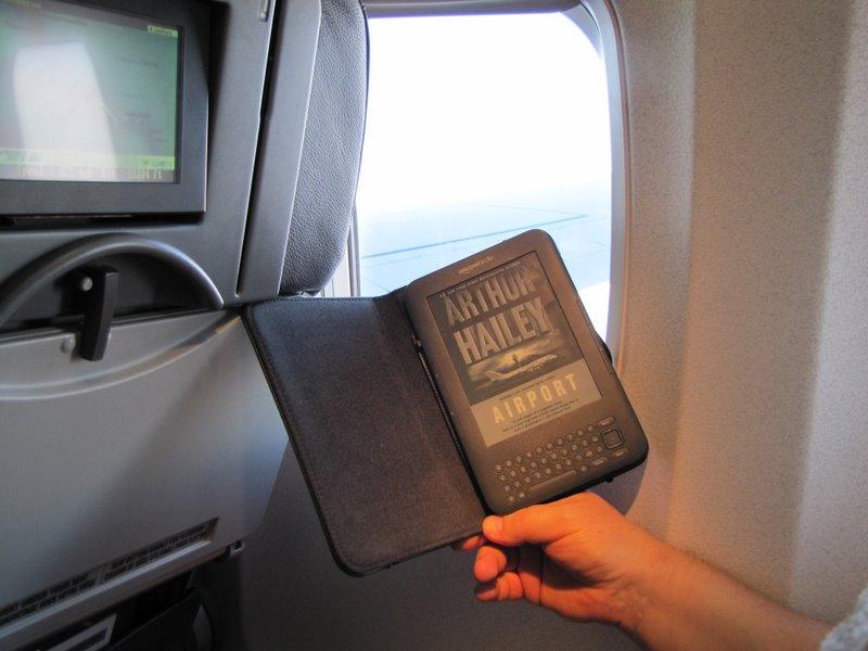 В самолете